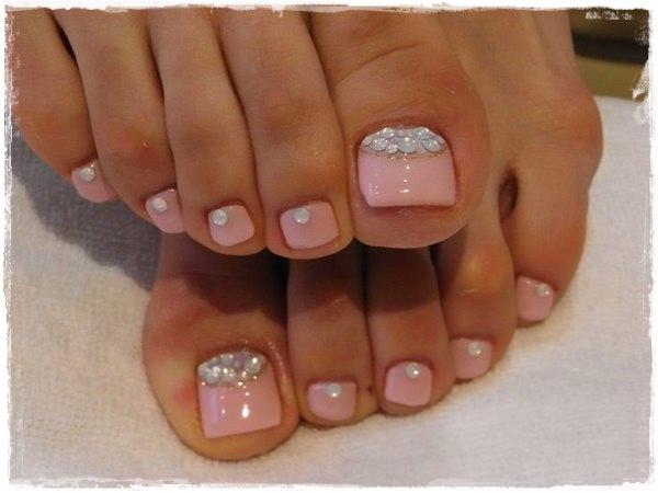 45 Childishly Easy Toe Nail Designs 2015