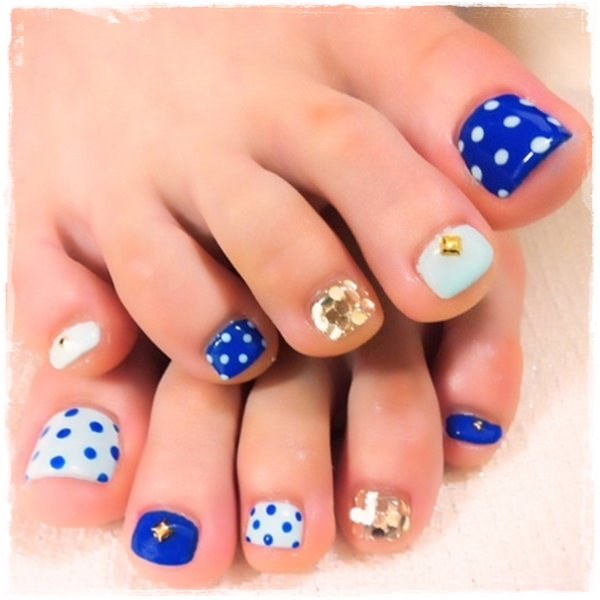 45 Childishly Easy Toe Nail Designs 2017