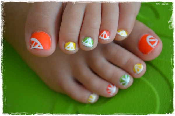 design-on-toes-nails-images