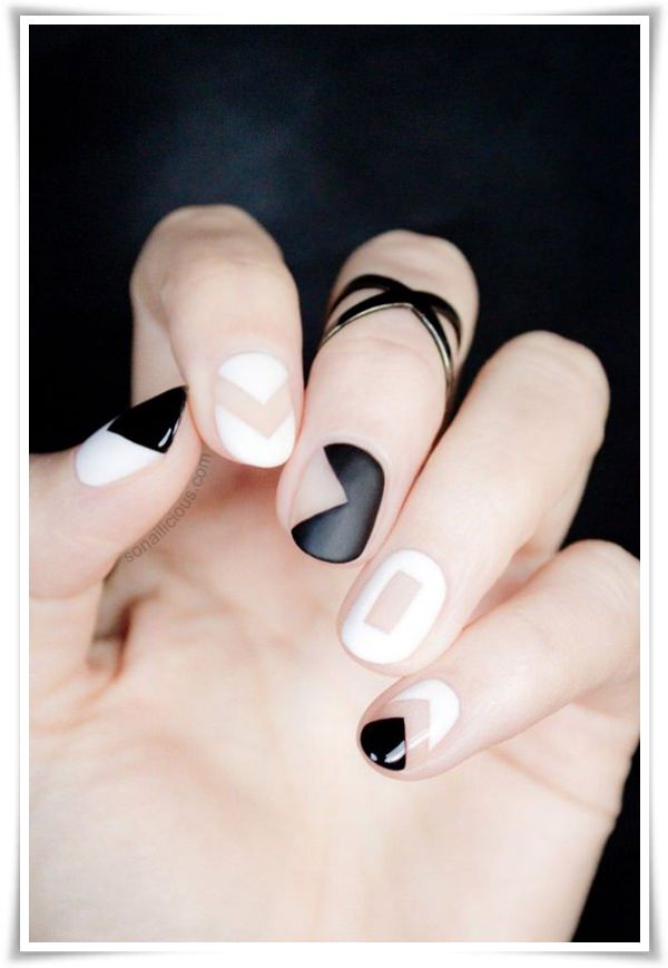 Black And White Nail 177