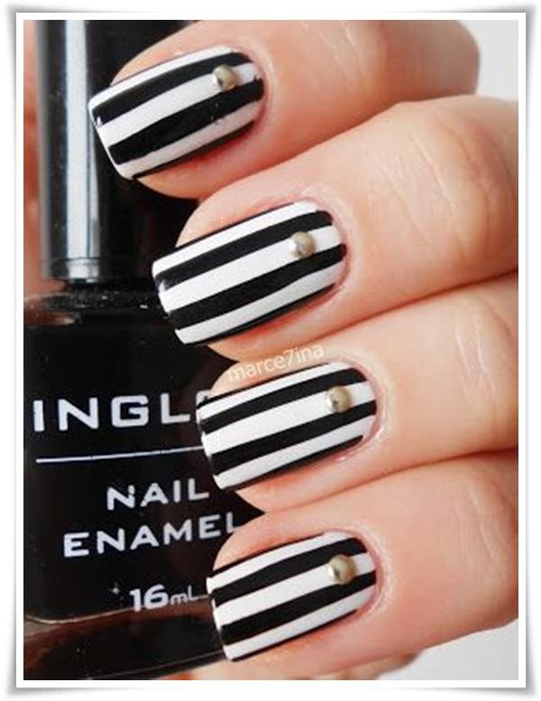 Black And White Nail 25