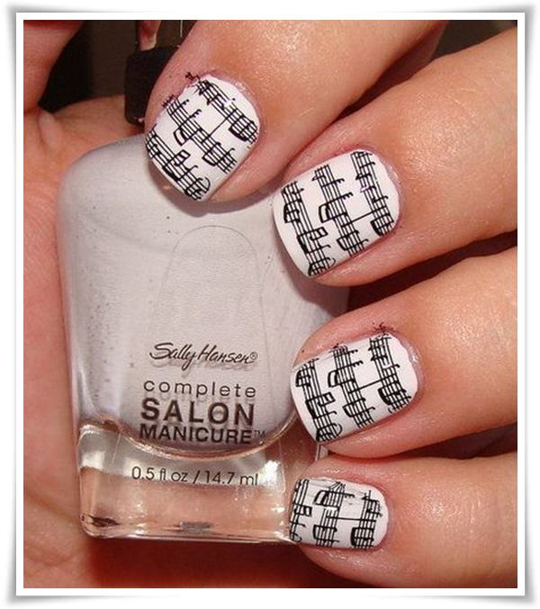 Black And White Nail 34