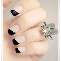 Black And White Nail 35