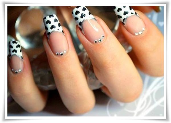 Black And White Nail 38