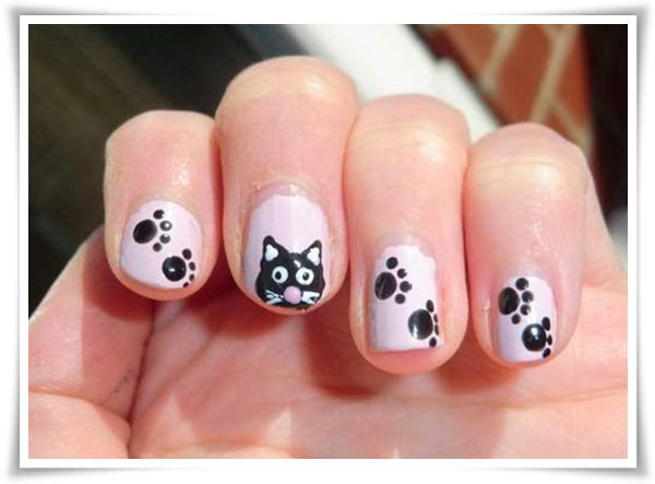 Black And White Nail 43