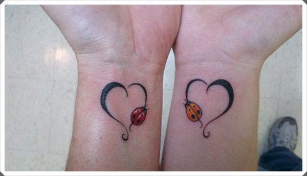 mother daughter tattoos 34