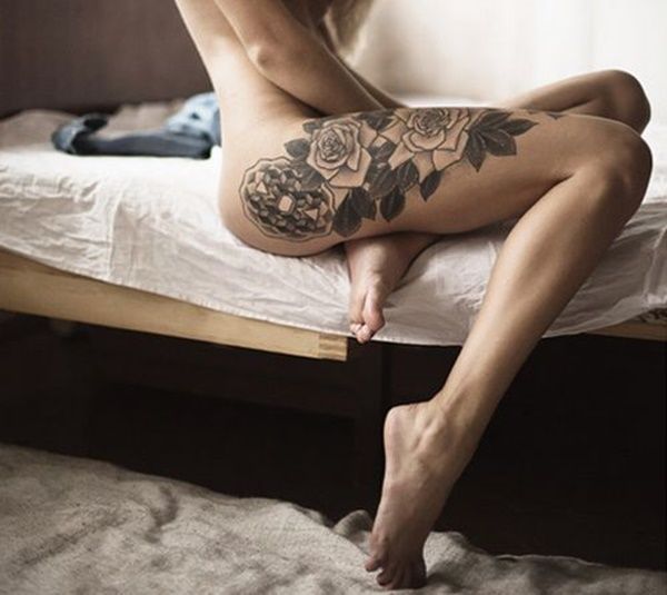 Sexy Thigh Tattoo Ideas and Designs for Women27