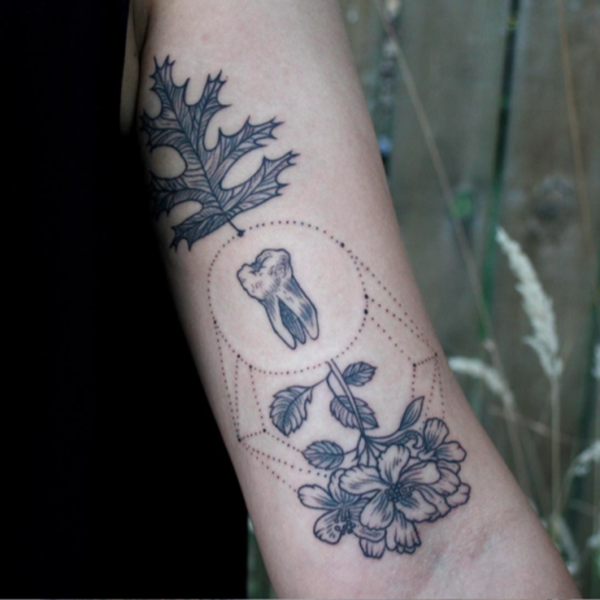 27080316-sacred-geometry-tattoo