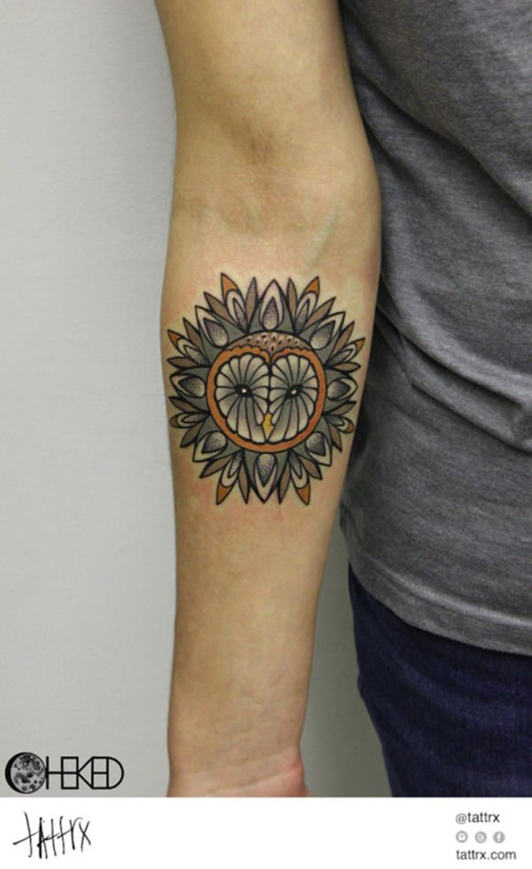 33080316-sacred-geometry-tattoo