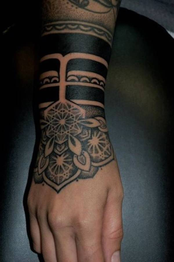 41080316-sacred-geometry-tattoo