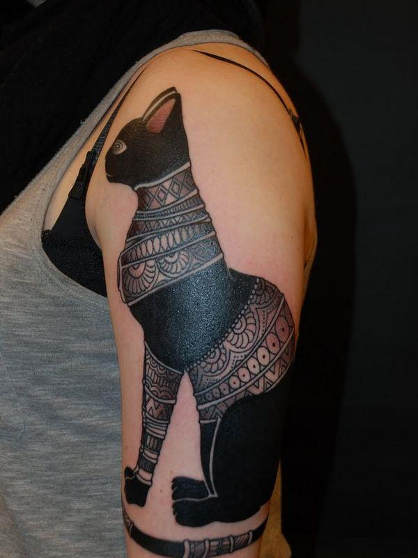 51070316-egyptian-tattoos