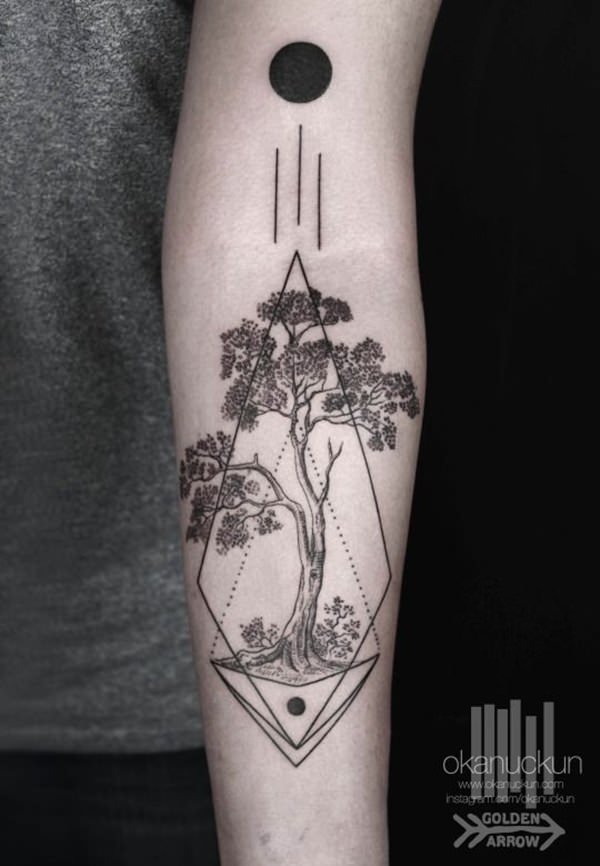 84080316-sacred-geometry-tattoo
