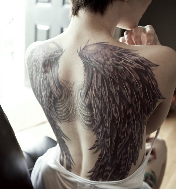 301901161258-angel-wings-tattoos