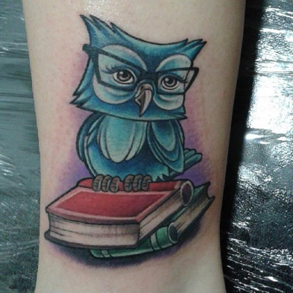 54280116-owl-tattoos