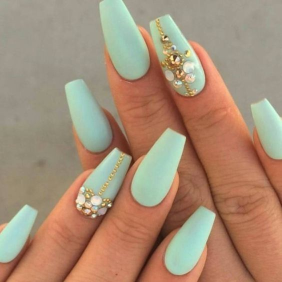 Of Course Mint Acrylic Nails Can Be Combined With Glitters Pearls Swarovski Crystals Or Even Rhinestones Such Designs Look Really Creative