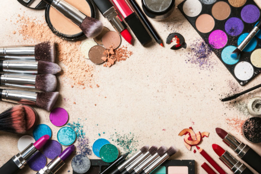 30 Interesting Facts About Makeup And
